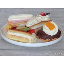 Gesorteerd gebak per stuk